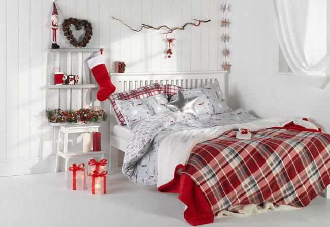 cómo decorar un dormitorio moderno en navidad