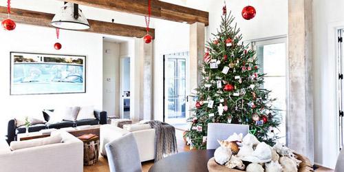 Aprende a decorar tu salón moderno esta Navidad