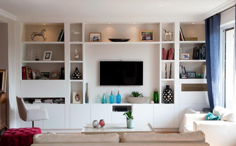 Sala de estar pequeña cuadrada