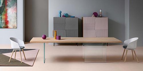 Devina Nais: madera maciza y diseño italiano