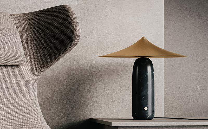Lámpara de mesa Kine diseñada por Aromas
