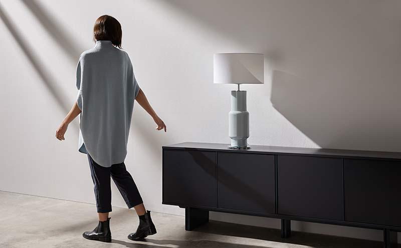 Lámpara de mesa Noa de diseño de Aromas